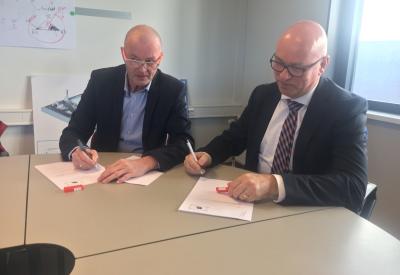 Contract tekenen nieuwbouw CTC Deventer